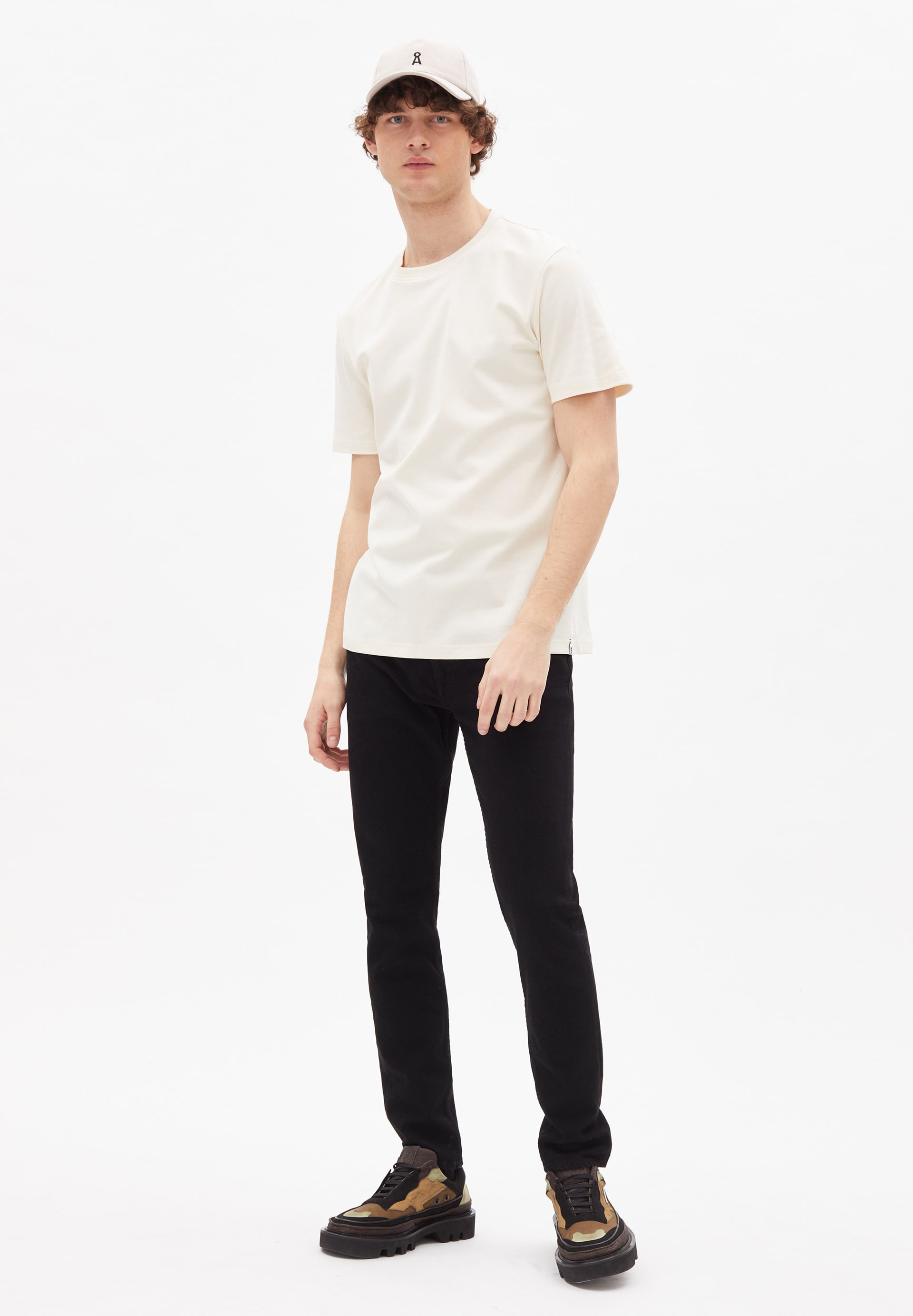 WAADO UNDYED T-Shirt made of Organic Cotton