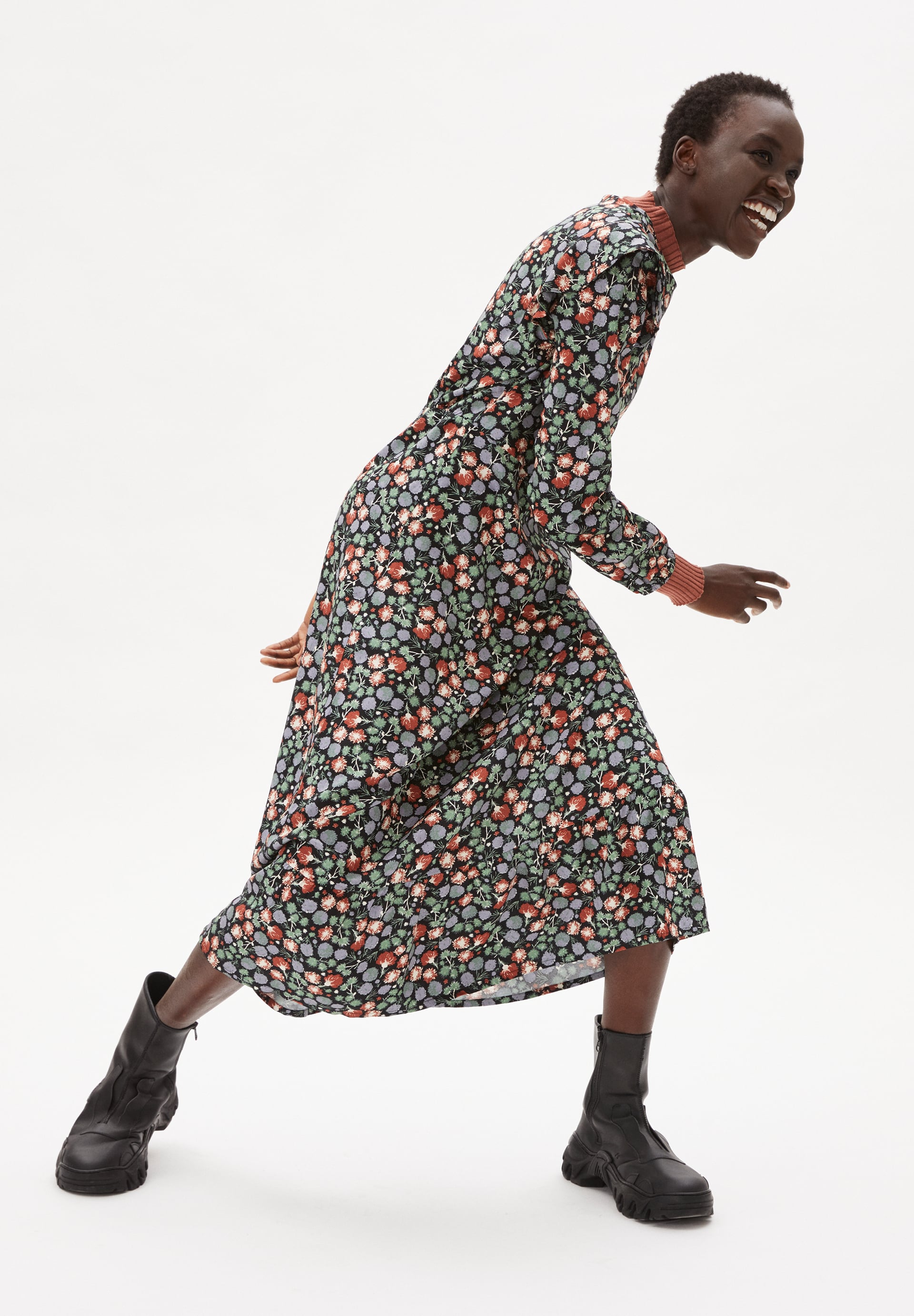 VIRVAA  MIMOSE BLOOMS Woven Dress made of LENZING™ ECOVERO™