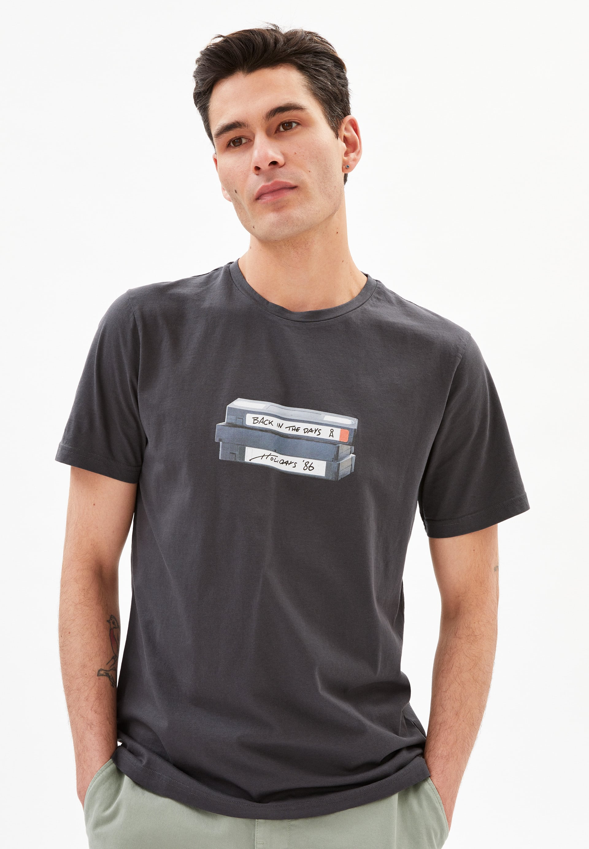 JAAMES VHS T-Shirt made of Organic Cotton