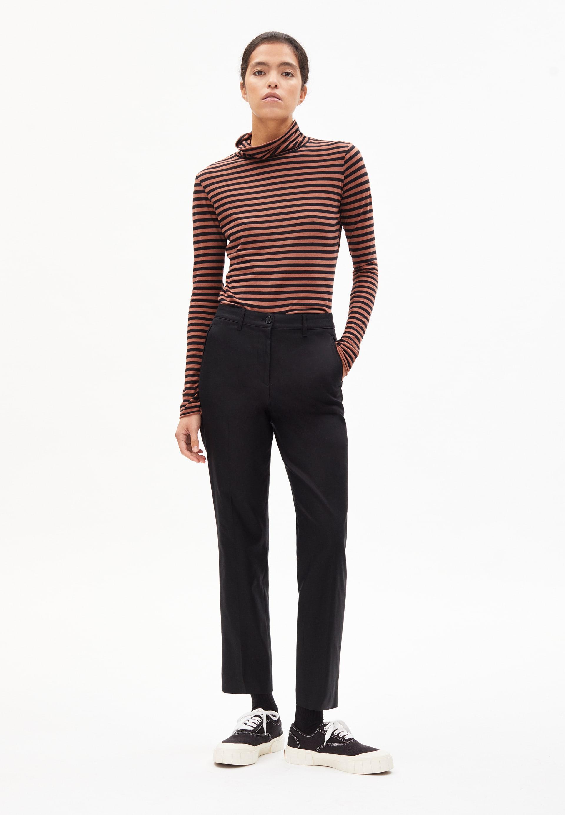 VARMAA SOLID Pants made of Organic Cotton Mix