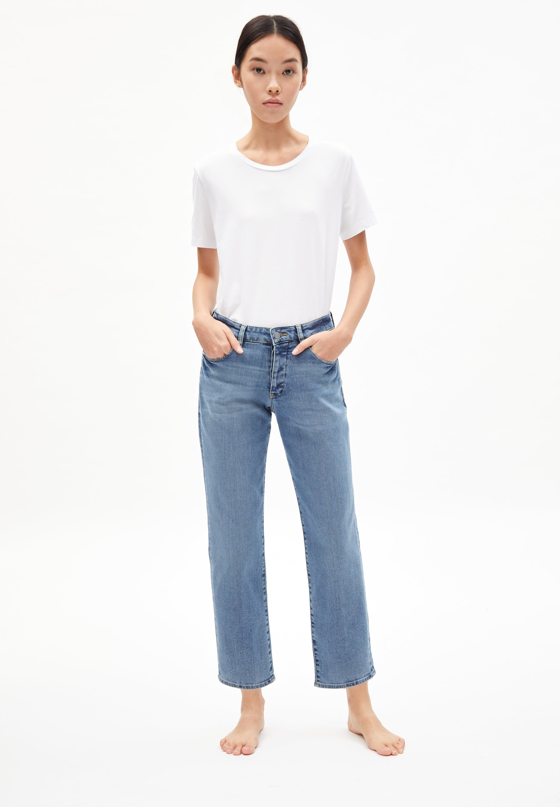 FJELLAA CR. CIRCULAR Coupe droite taille moyenne