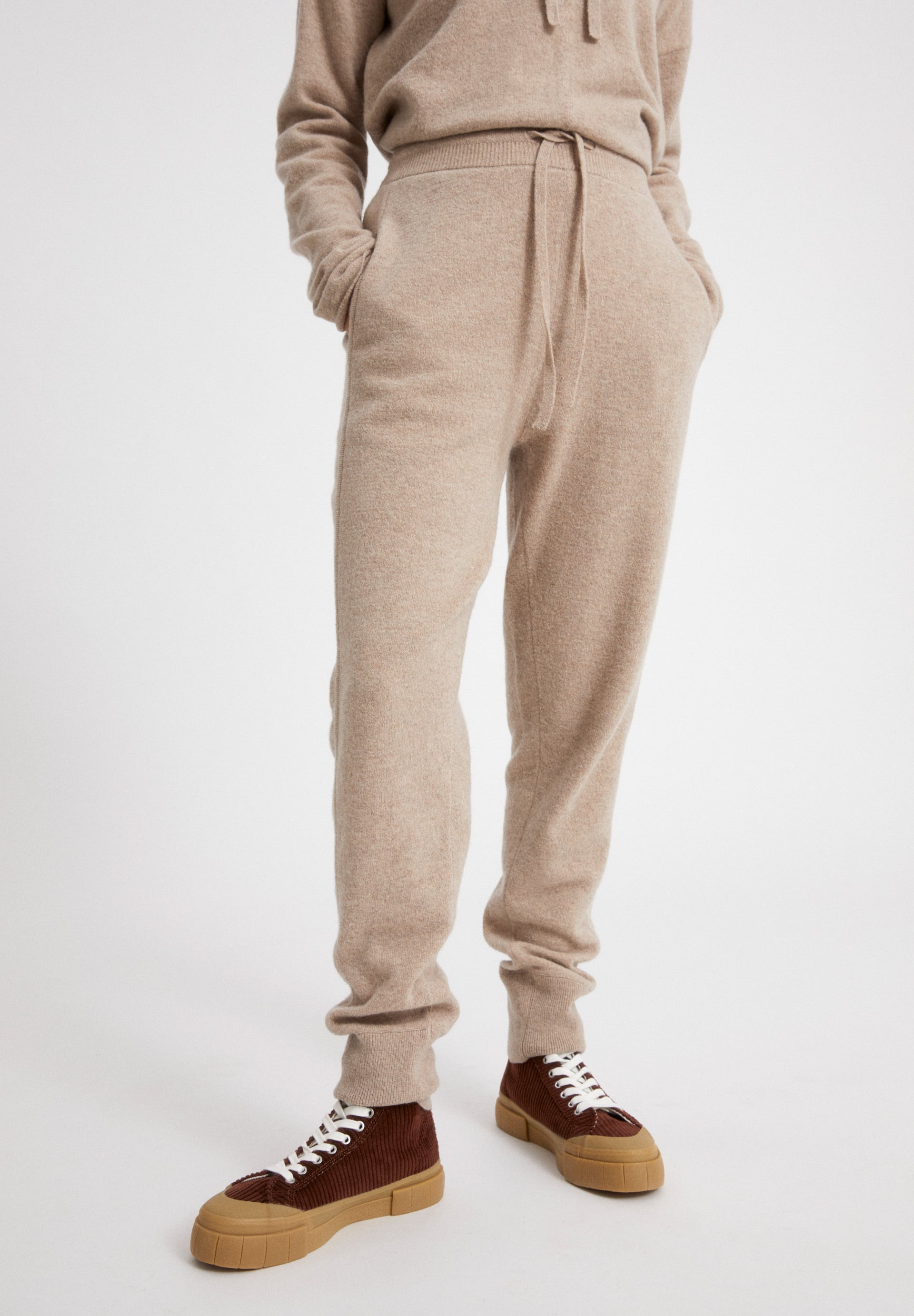 FAAY RECYCLED WOOL Knit Pants made of Organic Wool Mix