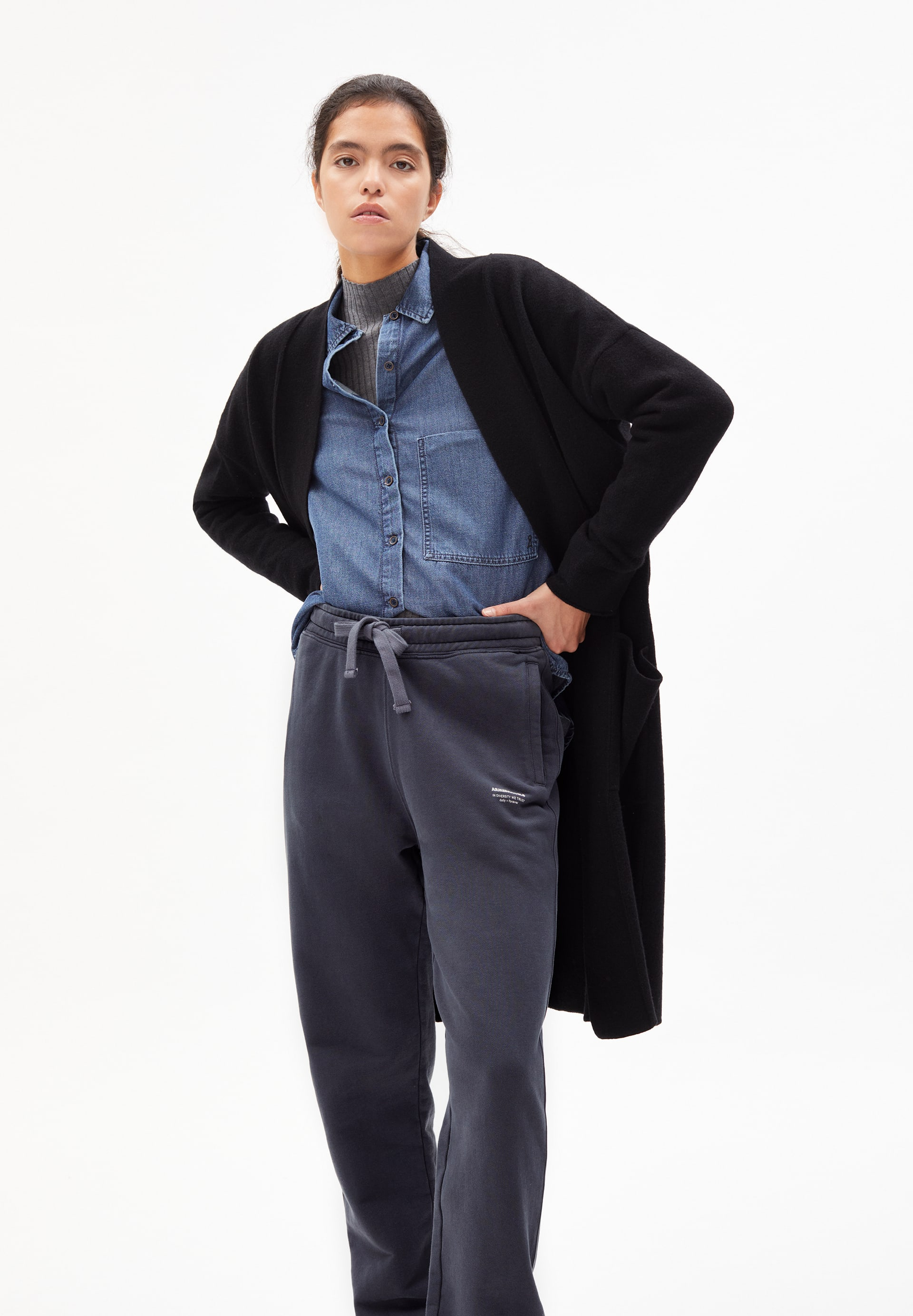 LAONAA RECYCLED WOOL Knit Coat made of Organic Wool Mix