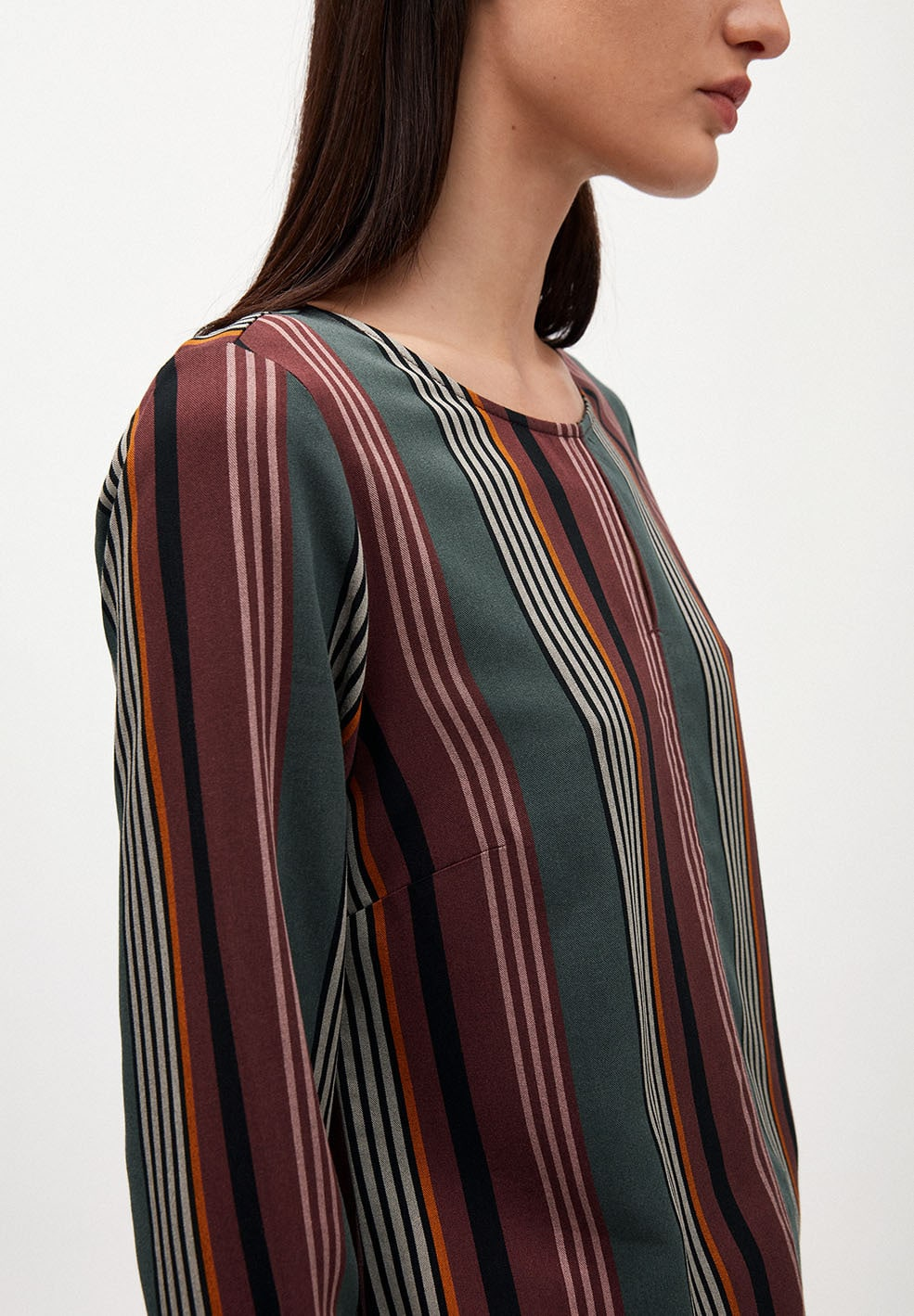 VENDLAA CLUSTERED STRIPES