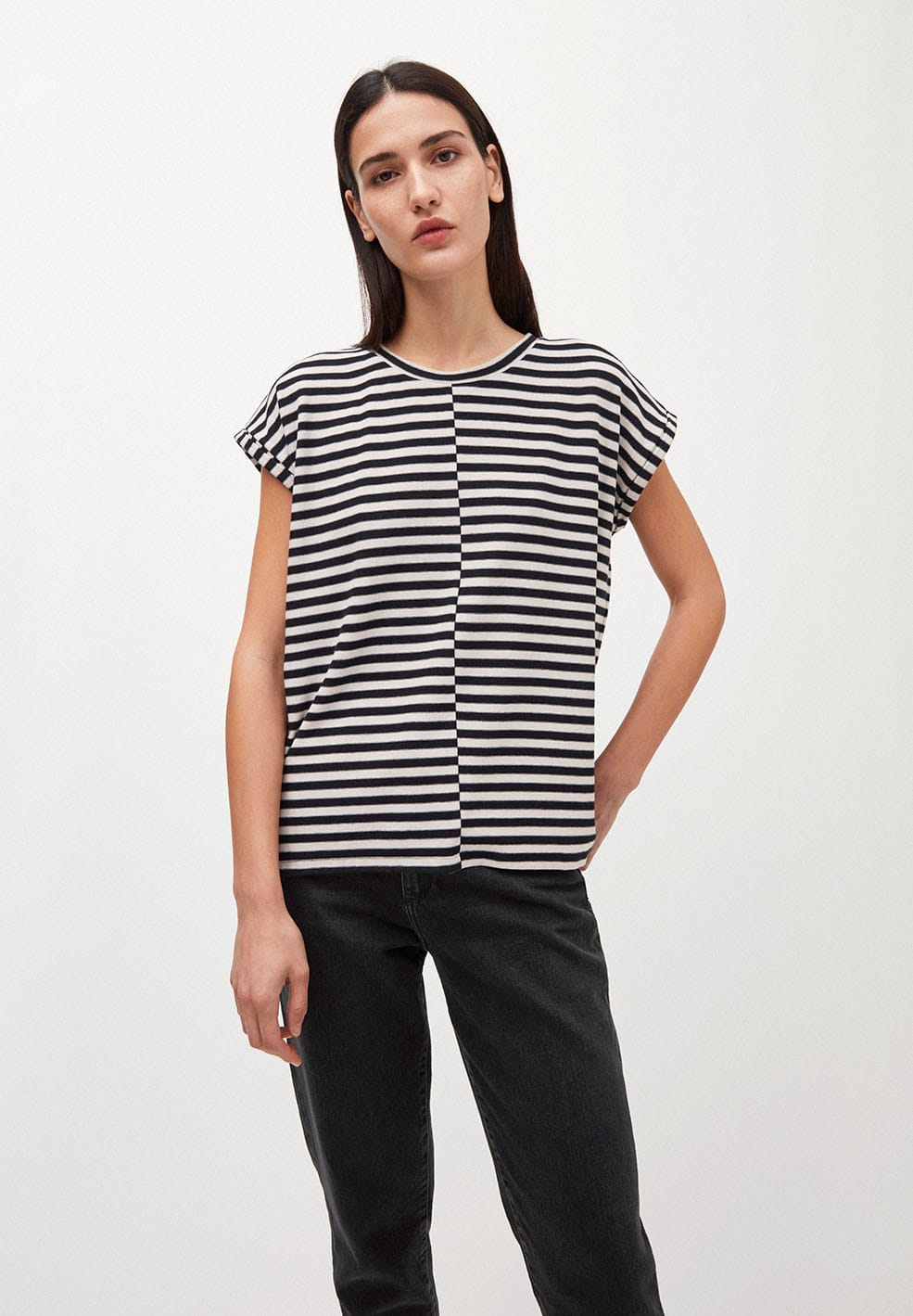 JAARIN KNITTED STRIPE