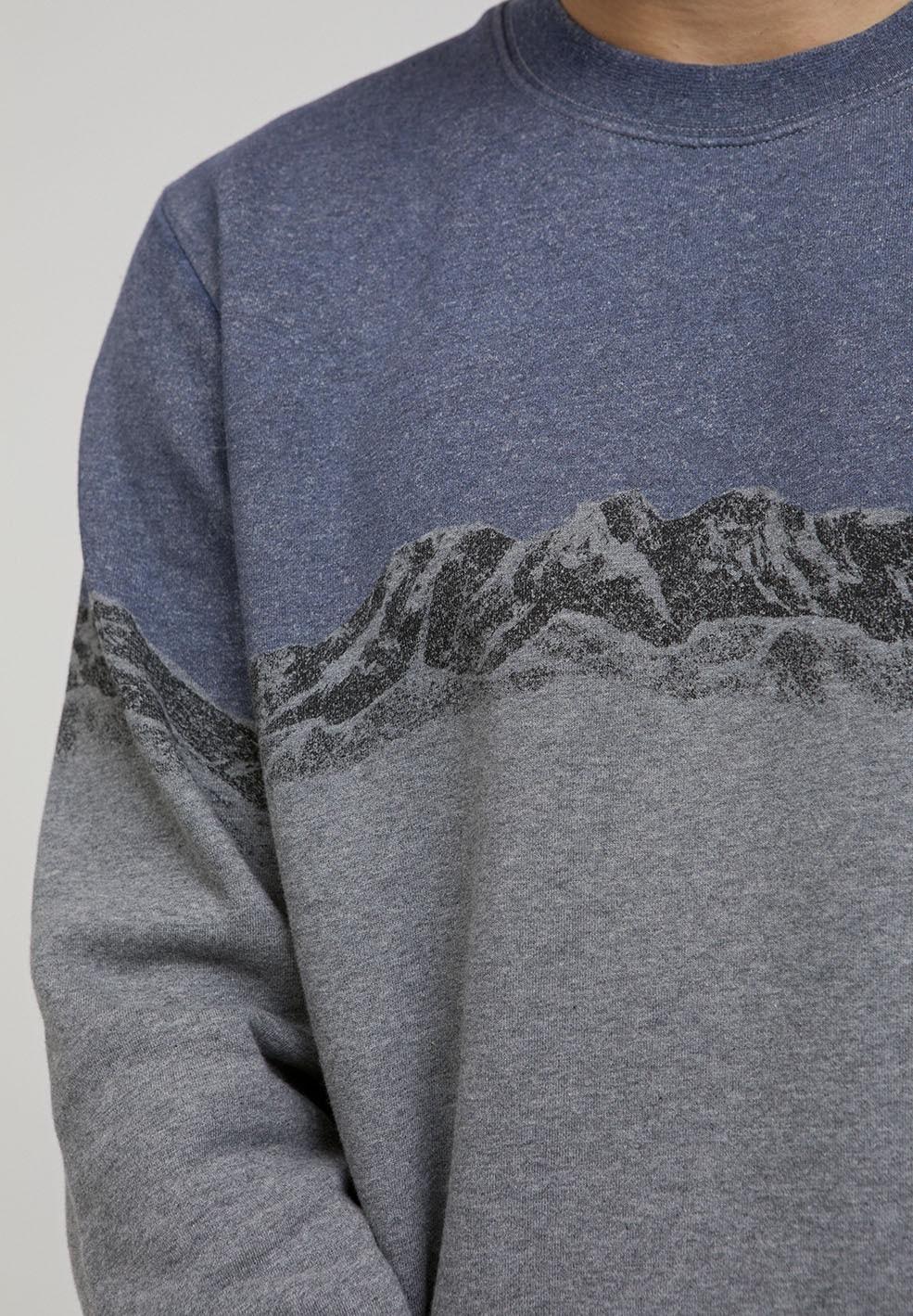 YAARICK MOUNTAINS